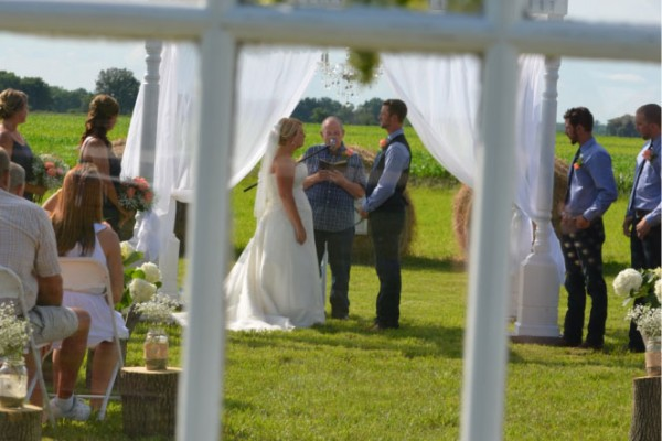 framed vows megs country celebrations`