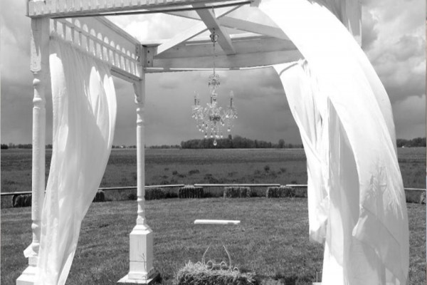 bw arch megs country celebrations