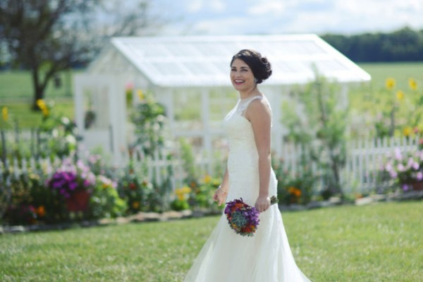 bride garden megs country celebrations